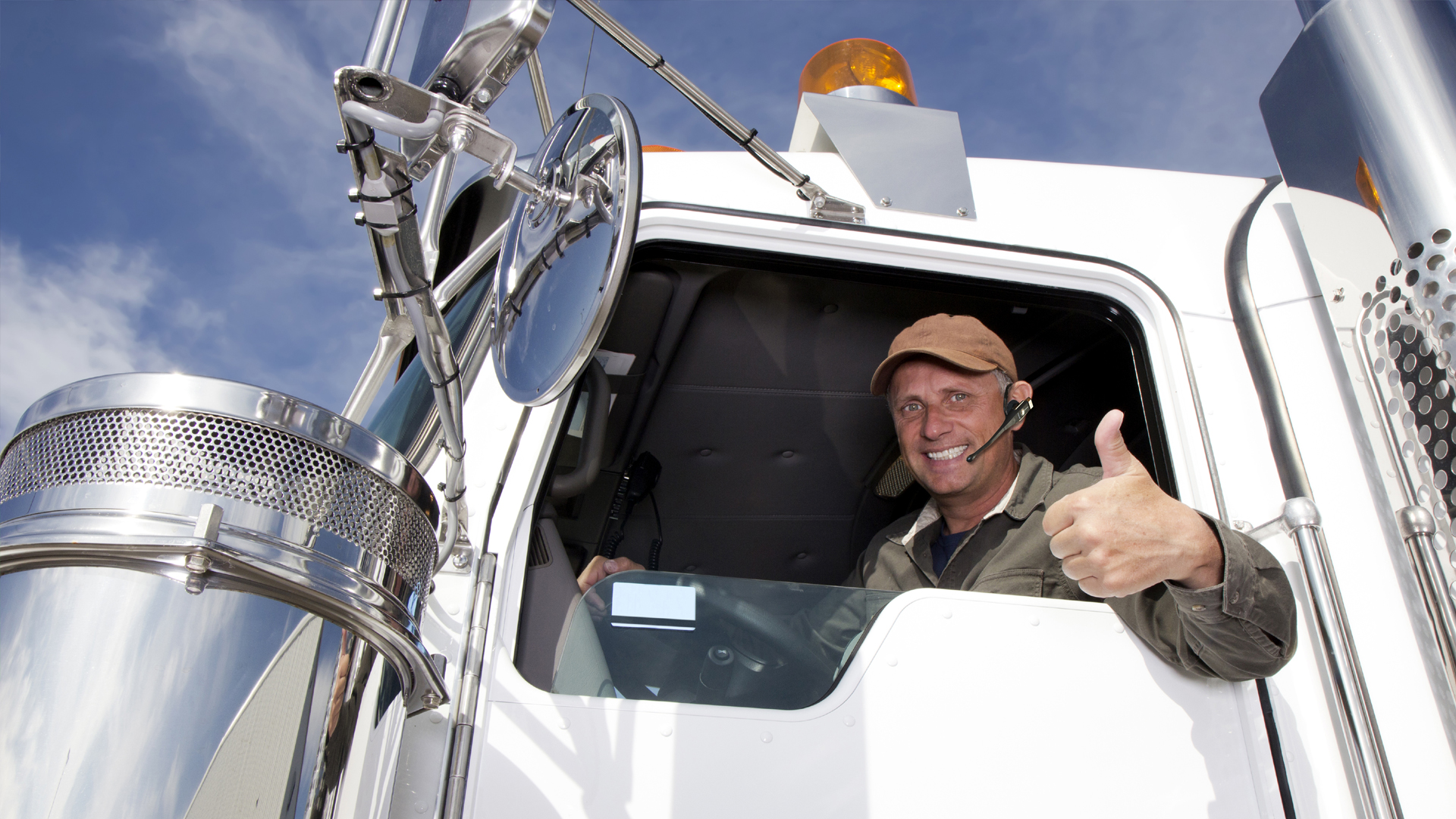 Why You Should Choose a Toronto Truck Driving School  Truck Driving